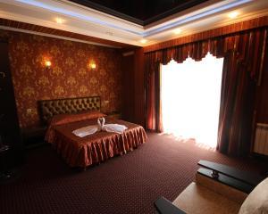 Отель Золотая Империя