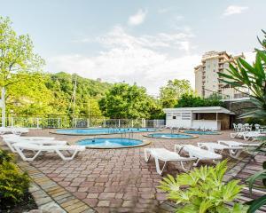 Гостиничный комплекс Garden Hills