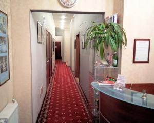 Отель Моне