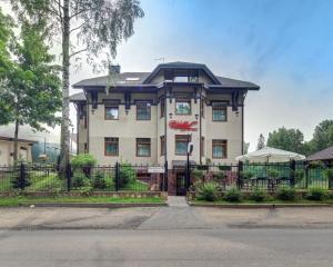 Отель Шувалоff