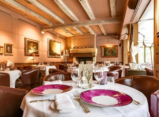 صور الفندق: Relais & Châteaux-Hotel Cazaudehore - La Forestière