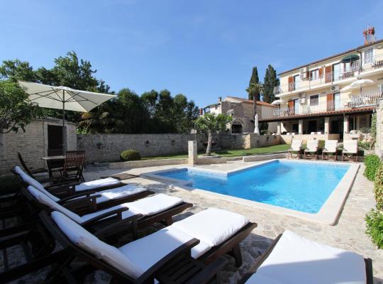 Photos de l'hôtel: B&B Villa Velike Stine