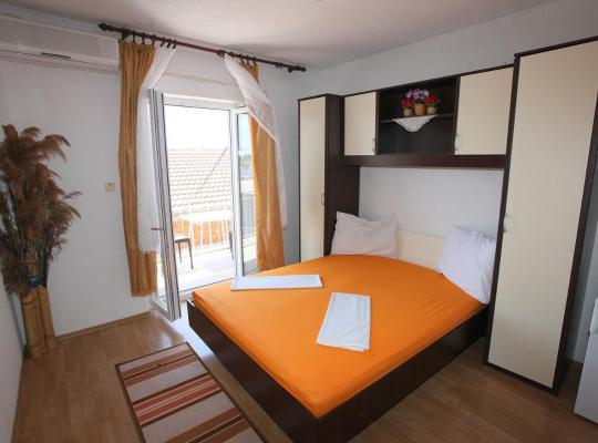 Hotel fotografií: Rooms Krbuljić Hava
