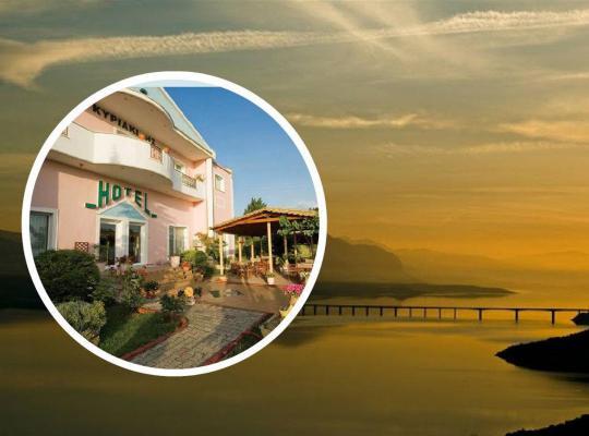 Фотографии гостиницы: Hotel Kyriakidis