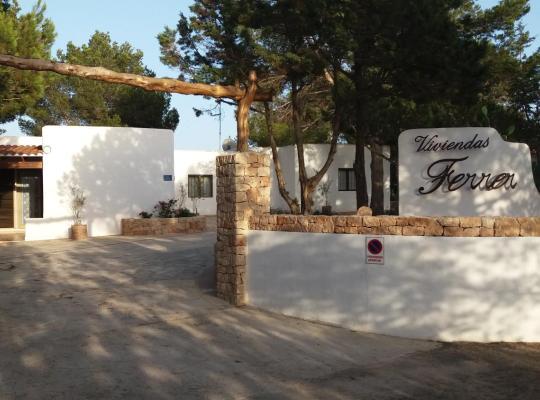 תמונות מלון: Viviendas Ferrer-Es Mal Pas