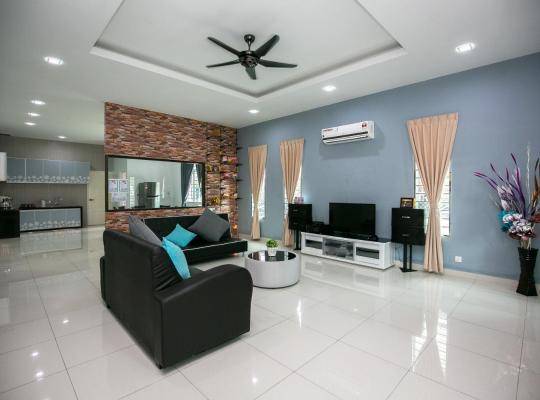 Ảnh khách sạn: Kuala Sepetang Love You You House