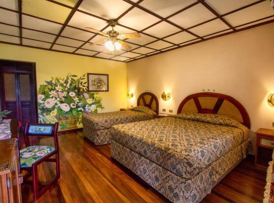 Хотел снимки: Lands in Love Hotel and Resort