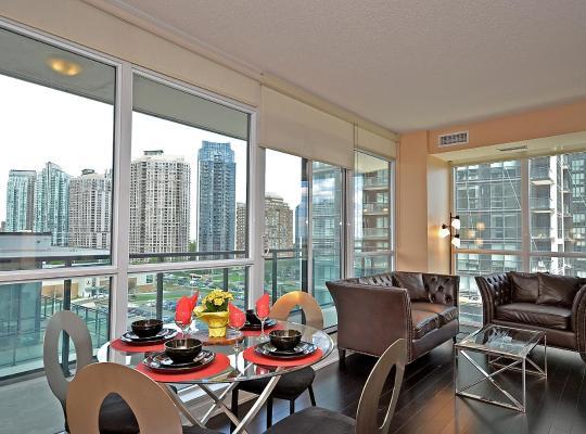 Hotel Valokuvat: Royal Stays Furnished Apartments - Square One