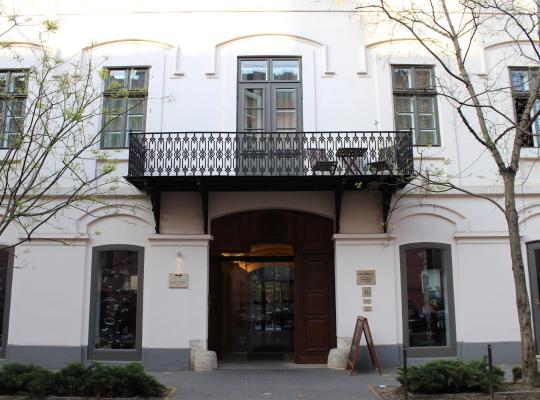ホテルの写真: Tiszavirág Szeged