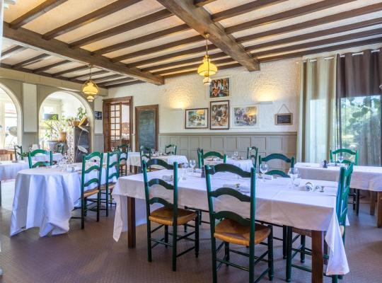 Otel fotoğrafları: Le Relais de l'Armagnac
