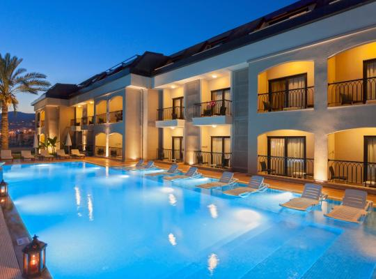 酒店照片: Alaaddin Beach Hotel - Adult Only