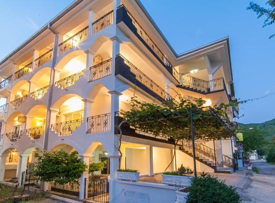 Hotel Valokuvat: Apartments MIK5