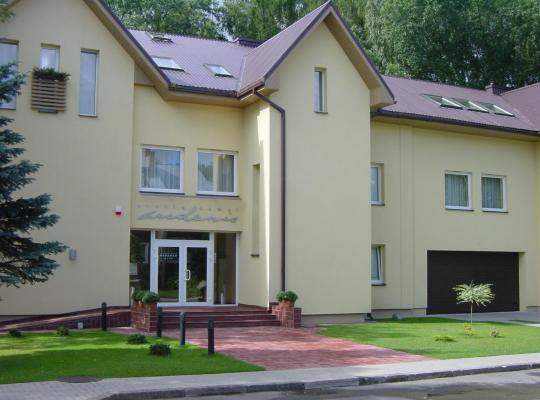 תמונות מלון: Hotel Audenis