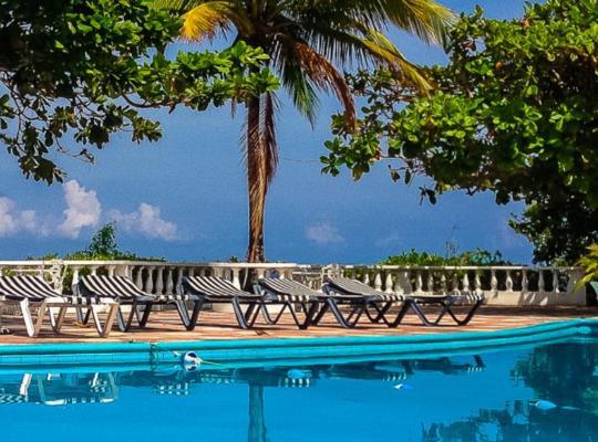 Viesnīcas bildes: Silver Seas Hotel