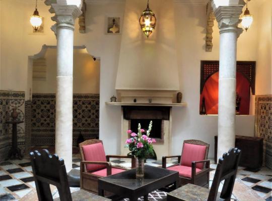 Φωτογραφίες του ξενοδοχείου: Riad Arous Chamel