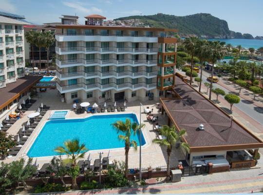 Foto dell'hotel: Riviera Hotel & Spa