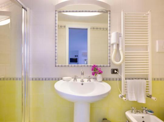 Фотографии гостиницы: Torre Di Cesare
