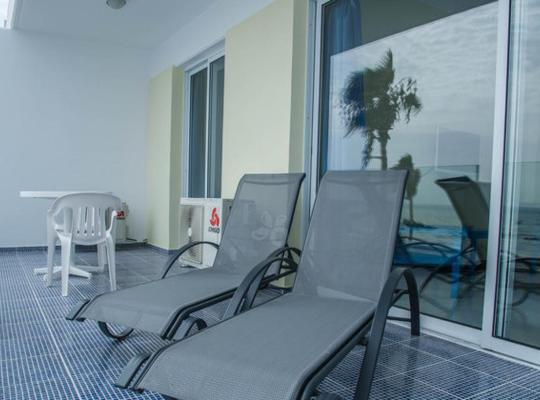 Hotel bilder: Paphinia Sea View Apartments