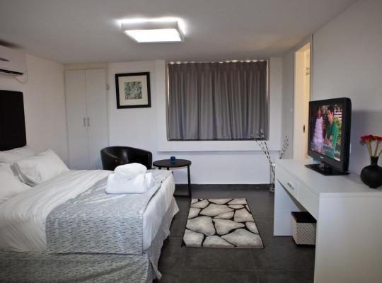 Hotel photos: Geula Suites