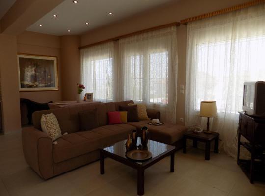 Viesnīcas bildes: Passarona Apartments