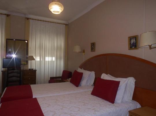 Hotel Valokuvat: Hotel Larbelo