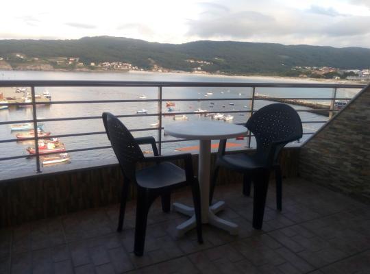 Φωτογραφίες του ξενοδοχείου: Hostal Residencia Bahía