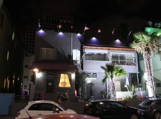 Otel fotoğrafları: Crown Sea Hostel