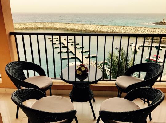Hotel bilder: Mina AlFajer Apartments (Telal Real Estate)