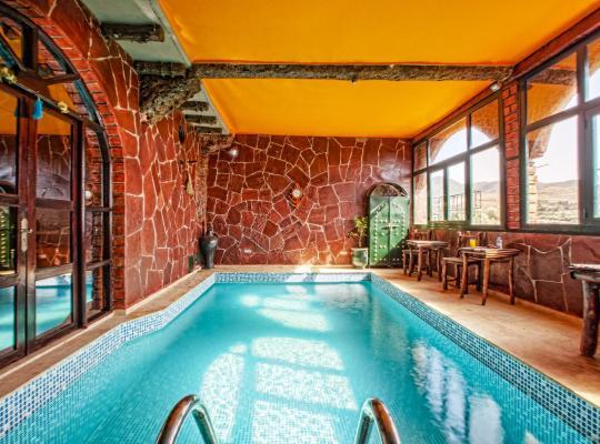 होटल तस्वीरें: Jad Auberge
