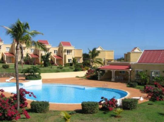 Hotel photos: Complexe Beau Soleil avec Piscine