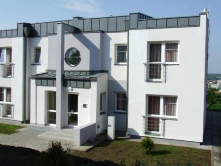 תמונות מלון: Invest Apartmanok