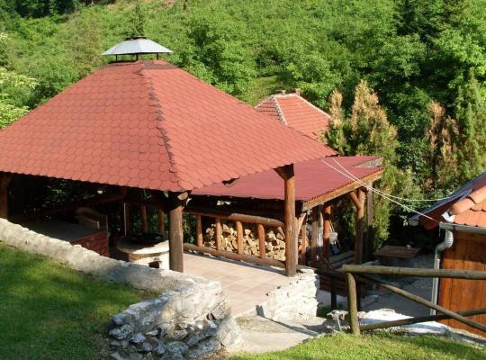 Fotos de Hotel: Holiday home in Ómassa/Ostungarn 20469