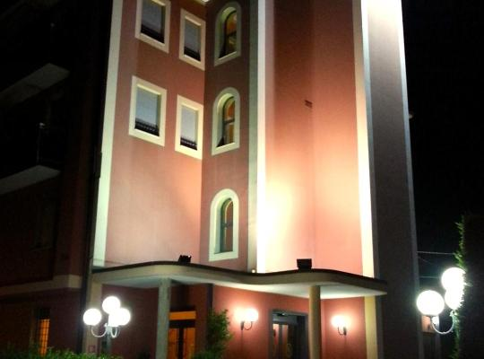酒店照片: Hotel Aquila