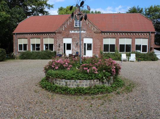 Hotel photos: Sir Gamle Skole Holstebro