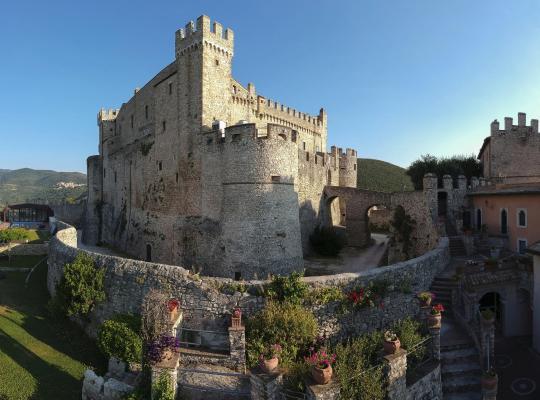 Fotos de Hotel: Castello Orsini Hotel