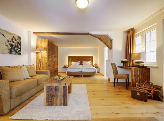 Hotel photos: Hotel Adler Häusern