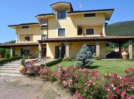 होटल तस्वीरें: Villa Cristina