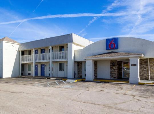 Fotos de Hotel: Motel 6 Indianapolis, S. Harding St.