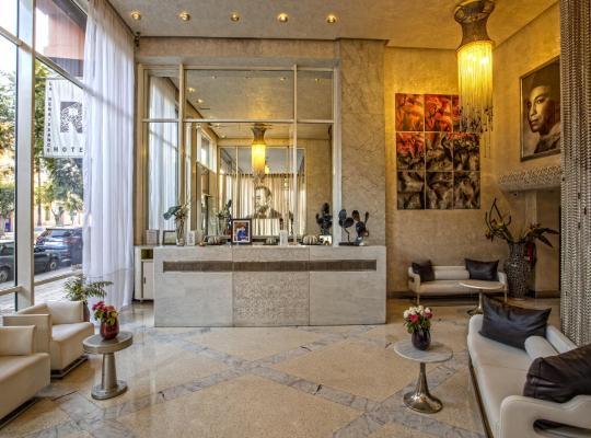 होटल तस्वीरें: La Renaissance Hotel