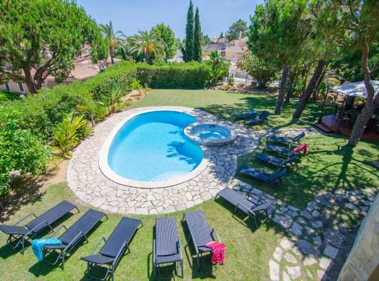 Хотел снимки: Villa Lira