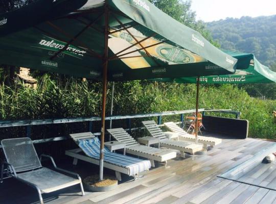 Фотографії готелю: Bungalovi Enco Boračko jezero