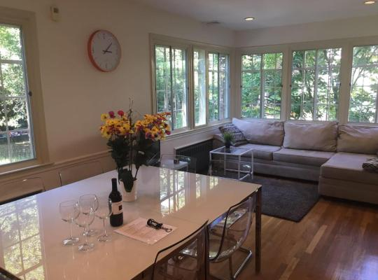 Fotos de Hotel: Amazing Brookline House