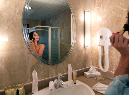 ホテルの写真: Oriental Rivoli Hotel & Spa