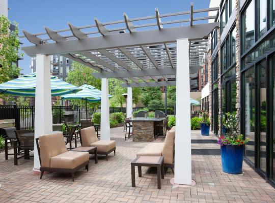 Fotos de Hotel: Homewood Suites by Hilton Minneapolis - Saint Louis Park at West End