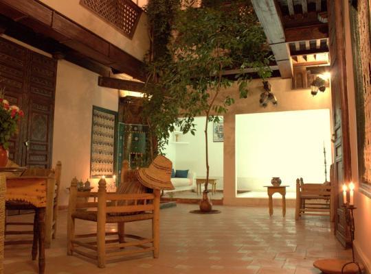 होटल तस्वीरें: Dar Choumissa