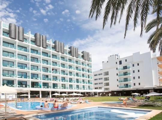 Хотел снимки: Hotel Luxor