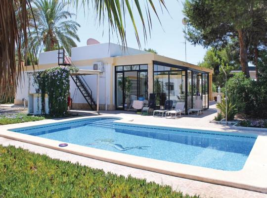Hotellet fotos: Four-Bedroom Holiday home Crevillente with an Outdoor Swimming Pool 06