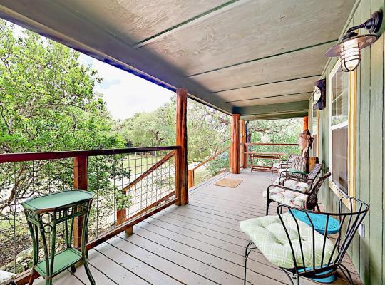 होटल तस्वीरें: 10202 Wommack Rd Home