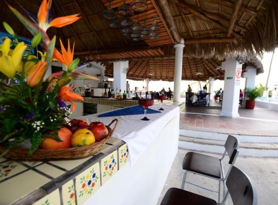 Фотографії готелю: Dolphin Cove Inn