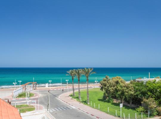 Ảnh khách sạn: Amigo Hotel On The Beach